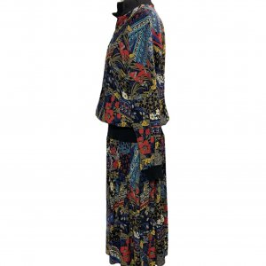 שמלת וינטג׳ ארוכה שחורה עם הדפס אתני כחול אדום 3