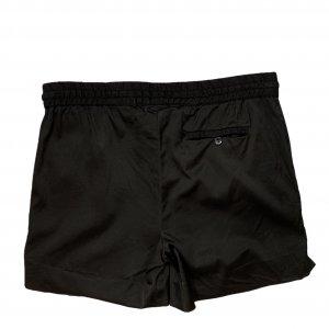 מכנס קצר שחור מבית TOMMY HILFIGER 2