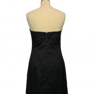 שמלת סטרפלס שחורה 2