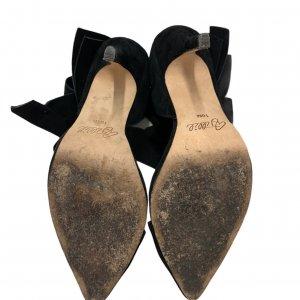נעלי עקב שחורות עם פפיון 7