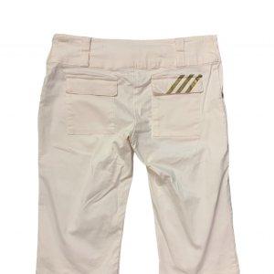 מכנסי ברמודה לבנים עם כיסים מבית ADIDAS 2