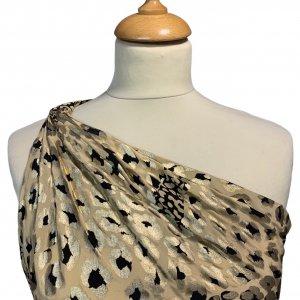 שמלה ארוכה כתף אחת משי הדפס מנומר מזהב של YVES SAINT LAURENT 4