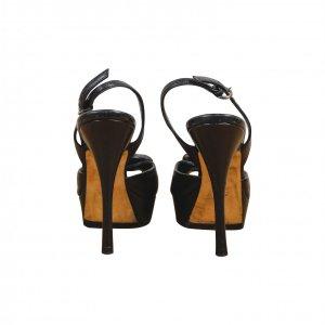 נעלי עקב עור שחור פרח באמצע - BALLY 4