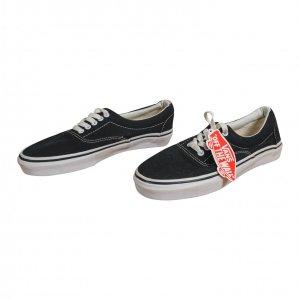 נעלי סניקרס שחורות VANS 2