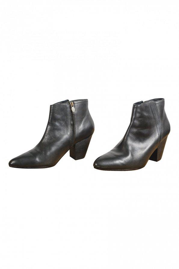 מגפיים שחורות לנשים - ASH 1
