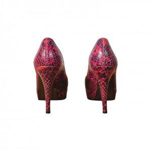 נעלי עקב נחש אדומות - STUART WEITZMAN 4