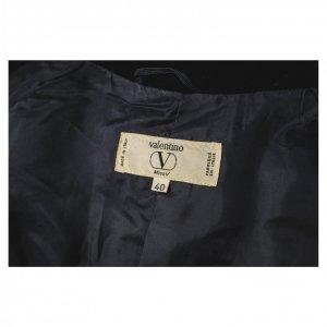 בלייזר מחויט שחור עם קטיפה VALENTINO 3