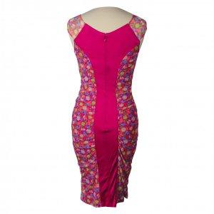 שמלה צמודה ורודה עם פרחים VERSACE 2