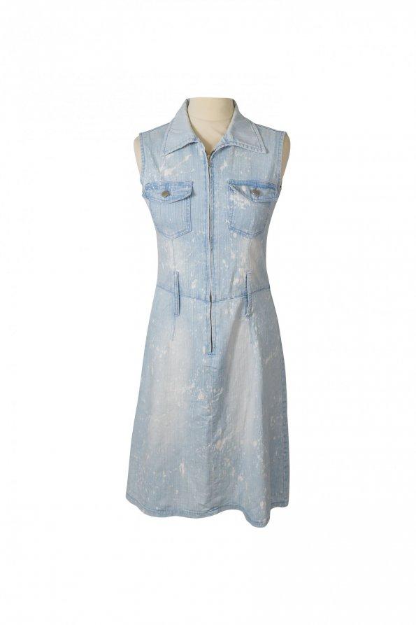 שמלת ג'ינס ריצרץ עם כתמי אקונומיקה - Versace 1