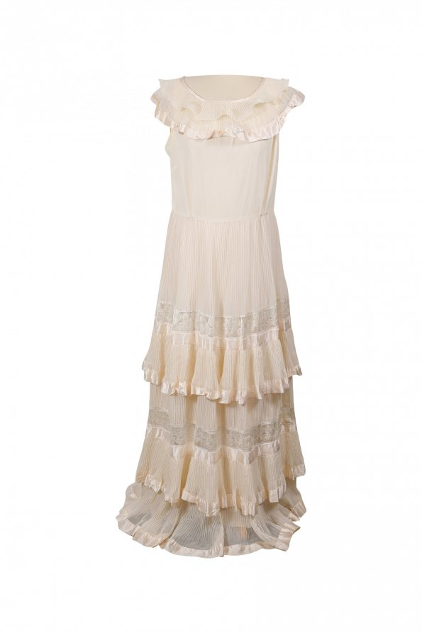 שמלת מקסי שמנת, פליסה ותחרה בשכבות - וינטג׳ 1