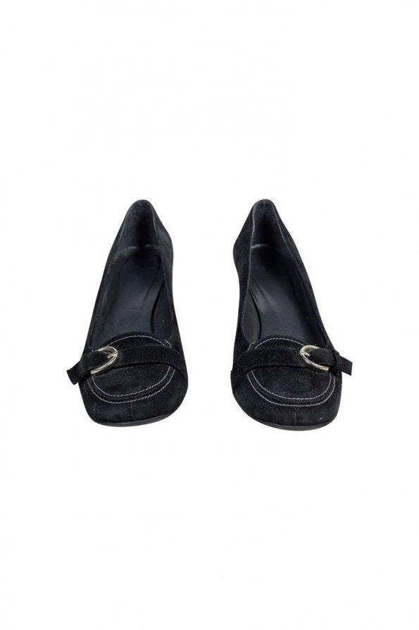 נעלי עקב שחורות עם אבזם - Stuart Weitzman 1