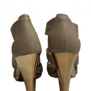 נעלי עקב בצבע ורוד עם עקב בצבע זהב - Michael Kors 3