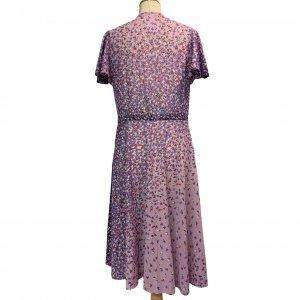שמלת וינטג' שרוול קצר ורוד עתיק עם פרחים סגולים לבנים ורודים 2