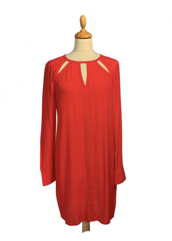 שמלה שרוול ארוך בצבע אדום פתחים משולשים - BCBG 1