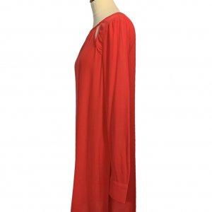 שמלה שרוול ארוך בצבע אדום פתחים משולשים - BCBG 3