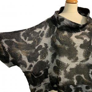 סריג אוברסייז שרוול קצר, שחור עם אפור - BELLINKY 5