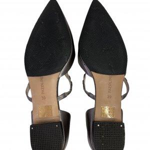 נעלי בובה שפיץ עור כסוף עם רצועה ואבנים - PAZOLINI 4