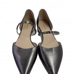 נעלי בובה שפיץ עור כסוף עם רצועה ואבנים - PAZOLINI 3