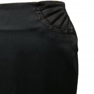 חצאית עיפרון עם שסע מאחור בצבע שחור - MORGAN 5