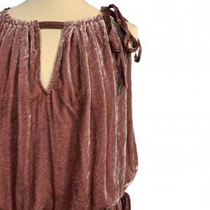 שמלת קטיפה ורודה BCBG 4