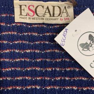 עליונית סרוגה בצבע כחול עם קווים אדום ולבן - ESCADA 5