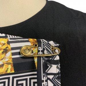 שמלה שחורה ללא שרוול שחורה עם הדפס בצד ימין אפור עם זהב - VERSACE VERSUS 5