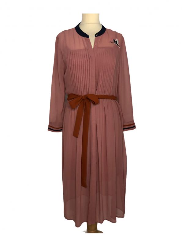 שמלת מקסי שרוול ארוך מבד שיפון ורוד עתיק עם עגור תפור מצד שמאל בכתף חגורת מותן בצבע כתום ted&baker 1