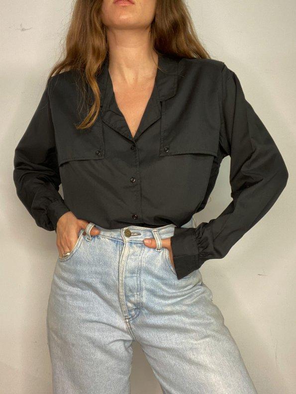 חולצה מכופתרת שרוול ארוך שחורה עם כריות כתפיים וינטג' - DVF 1