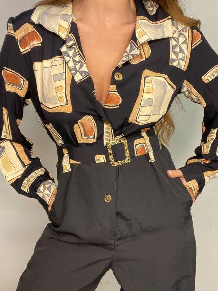 אוברול שחור עם הדפסי מרובעים בצבעי חום עם חגורה ואבזם זהב 6