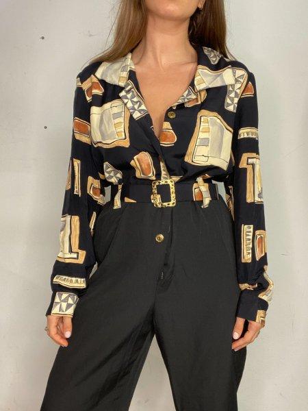 אוברול שחור עם הדפסי מרובעים בצבעי חום עם חגורה ואבזם זהב 5