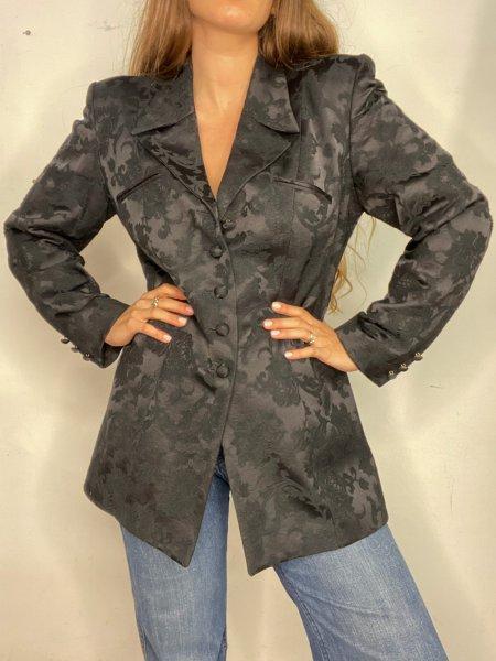 אוברול שחור עם הדפסי מרובעים בצבעי חום עם חגורה ואבזם זהב 9