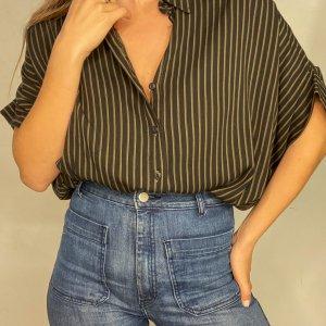 חולצת oversize מכופתרת עם פסים חומים - Ronen Chen 2