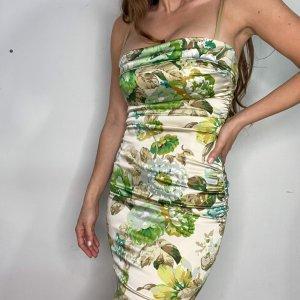 שמלה צמודה שמנת פרחים ירוקים dolce&gabbana 3