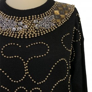 סוודר וינטג׳ אוברסייז שחור עם חרוזי זהב - Bagutti 5