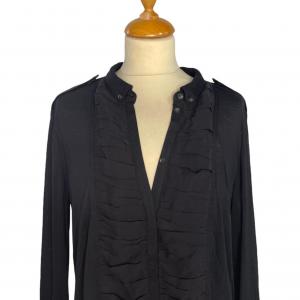 חולצת טריקו שחורה עם כיווצים burberry 4