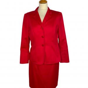 חצאית צמודה גזרה גבוהה בצבע אדום escada 3