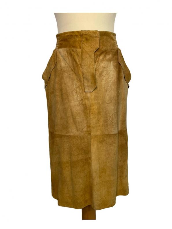 חצאית עור קאמל גומי בחגורה מאחורה yvessaintlauren 1