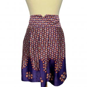 חצאית פליסה משי סגול עם פרחים כתומים 2