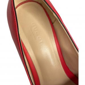 נעלי מוקסין עם עקב אדומות עם אבזם זהב GUCCI 6