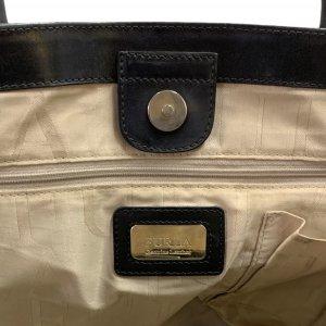 תיק כתף שחור עור עם תליון זהב - FURLA 5
